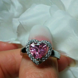2 ct Large Pink Heart Shaped Sapphire Ring